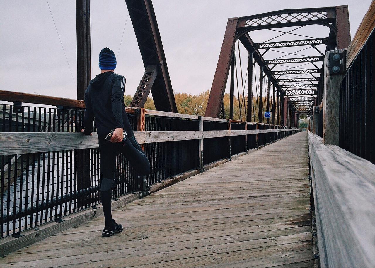 Jak zwiększyć wytrzymałość biegową? Budowanie mocy i wytrzymałości biegowej – przykładowe ćwiczenia.